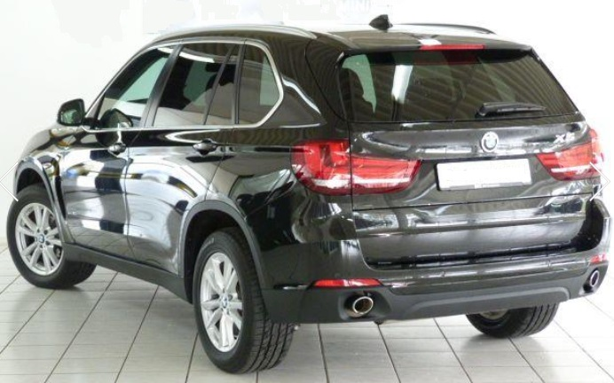 BMW X5 (06/2015) - BLACK METALLIC - lieu:
