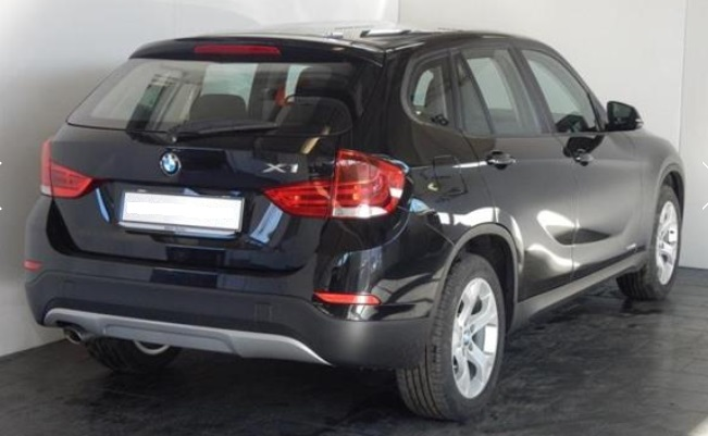 BMW X1 (02/2015) - BLACK METALLIC - lieu: