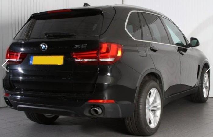 BMW X5 (08/2015) - BLACK METALLIC - lieu: