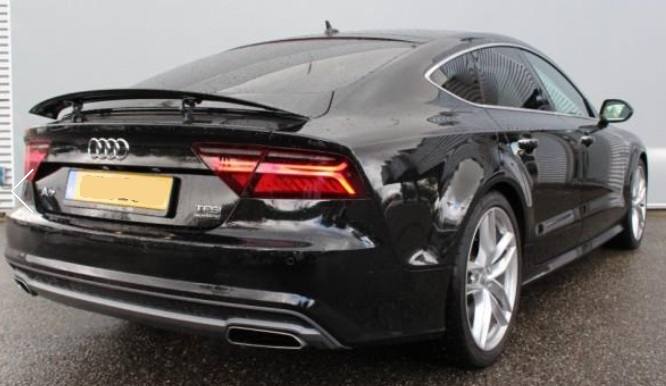 AUDI A7 (05/2015) - BLACK METALLIC - lieu: