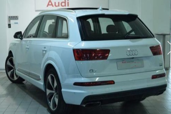 AUDI Q7 (05/2015) - WHITE METALLIC - lieu: