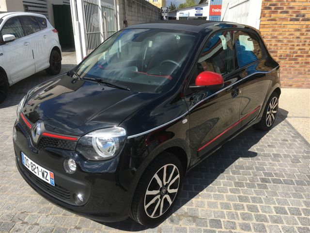 Left hand drive RENAULT TWINGO 90 INTENS FRENCH REG