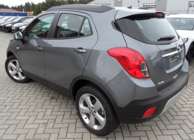 OPEL MOKKA (03/2015) - GREY METALLIC - lieu: