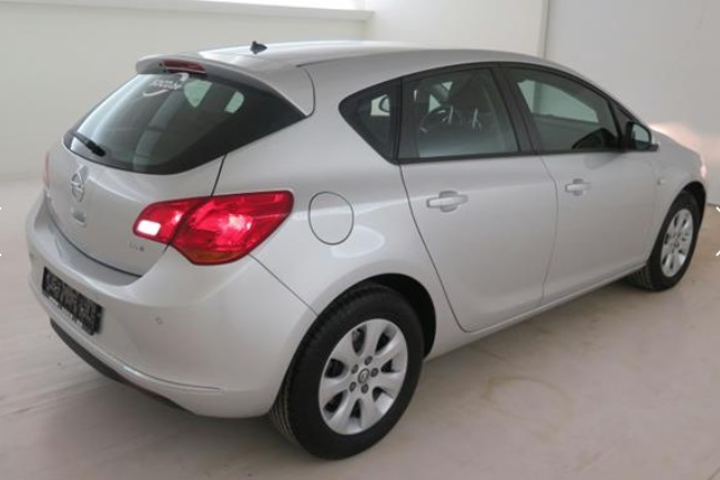 OPEL ASTRA (05/2015) - GREY METALLIC - lieu: