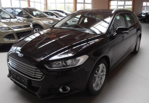 lhd FORD MONDEO (04/2015) - BLACK METALLIC - lieu: