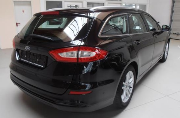 FORD MONDEO (04/2015) - BLACK METALLIC - lieu: