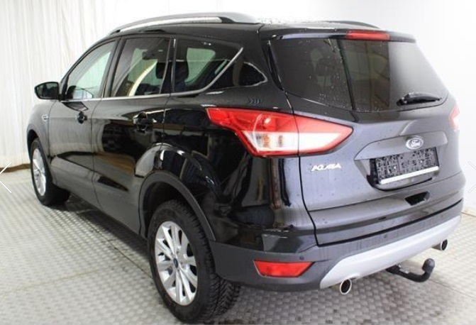 FORD KUGA (04/2015) - BLACK METALLIC - lieu: