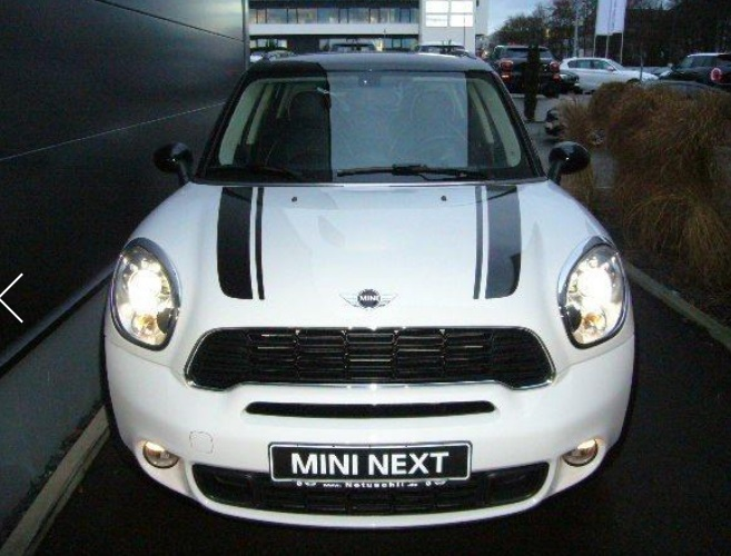 Left hand drive MINI COUNTRYMAN COOPER SD COUNTRYMAN