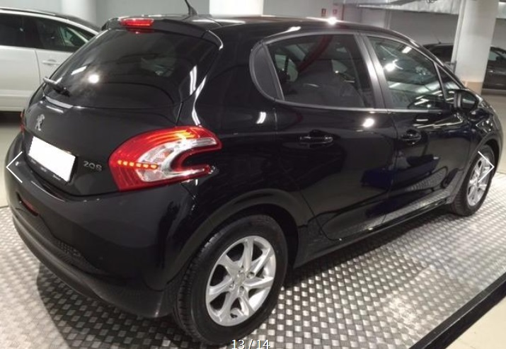 PEUGEOT 208 (05/2015) - BLACK METALLIC - lieu:
