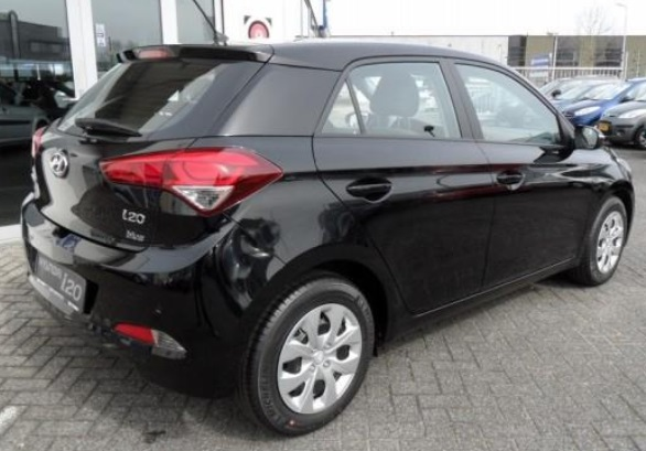 HYUNDAI i20 (03/2015) - BLACK METALLIC - lieu: