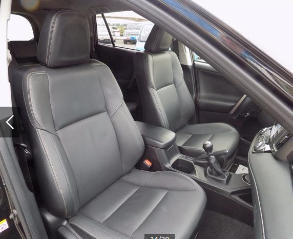 TOYOTA RAV 4 (01/2015) - BLACK METALLIC - lieu: