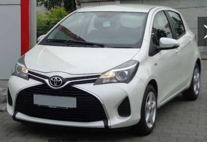 TOYOTA YARIS (06/2015) - WHITE METALLIC - lieu: