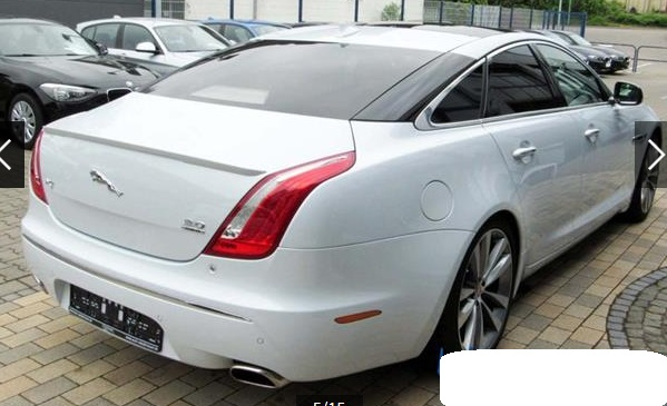JAGUAR XJ (06/2015) - WHITE METALLIC - lieu: