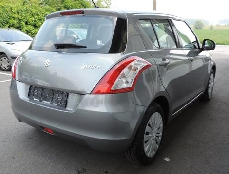 SUZUKI SWIFT (06/2015) - GREY METALLIC - lieu: