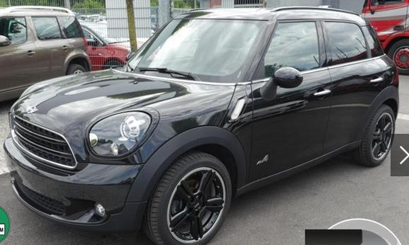 lhd MINI COUNTRYMAN (09/2015) - BLACK METALLIC - lieu: