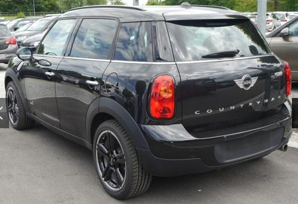 MINI COUNTRYMAN (09/2015) - BLACK METALLIC - lieu: