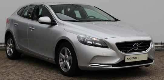 VOLVO V40 T2 122pk Momentum - Business Pack Connect