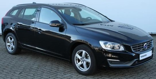 VOLVO V60 T3 Kinetic - Business Pack Connect