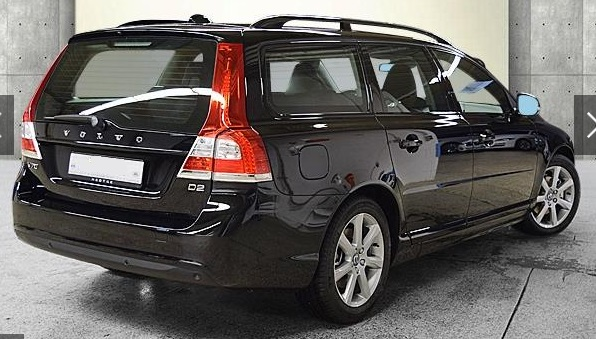 VOLVO V70 (03/2016) - BLACK METALLIC - lieu: