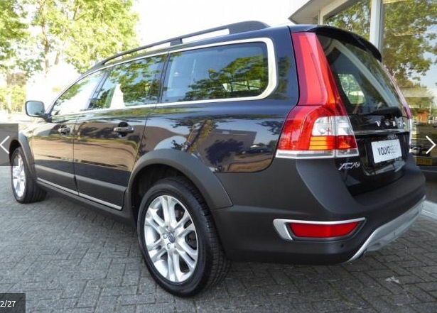 VOLVO XC 70 (11/2015) - BLUE METALLIC - lieu: