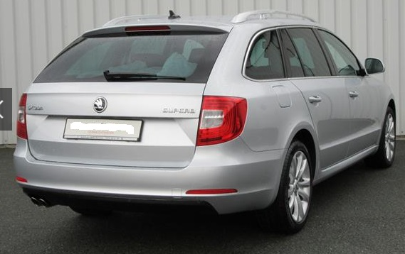 SKODA SUPERB (08/2015) - SILVER METALLIC - lieu: