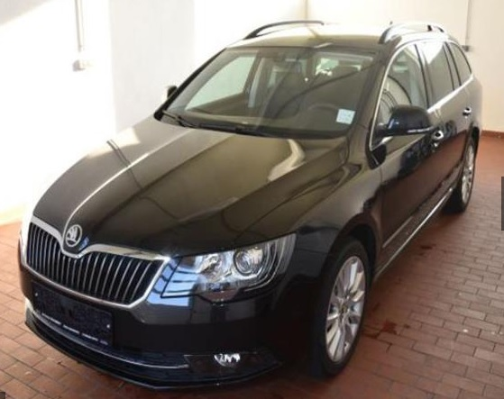 SKODA SUPERB Combi Green Tec 140PS DSG