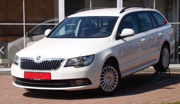 Left hand drive SKODA SUPERB Combi 1.4 TSI AAC PDC NSW Temp.