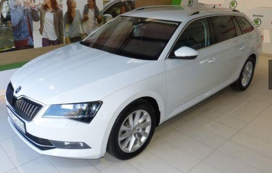Lhd SKODA SUPERB (03/2016) - WHITE METALLIC - lieu: