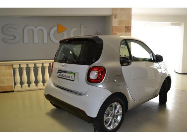 Lhd SMART FORTWO (12/2015) - WHITE - lieu: