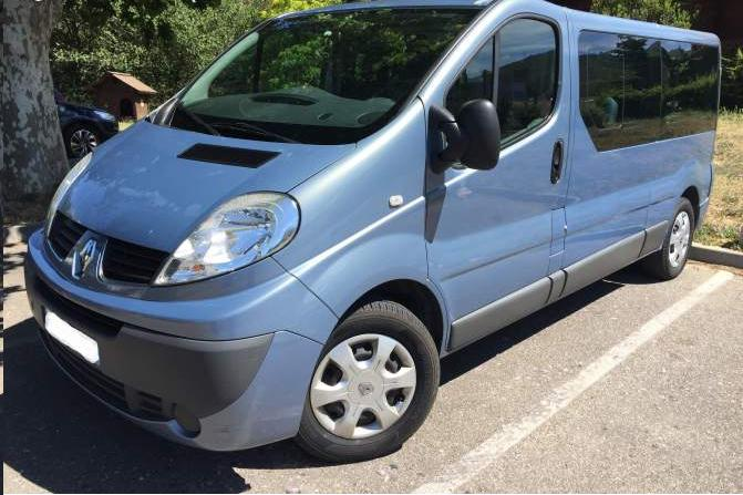 Left hand drive RENAULT TRAFIC PASSENGER 2.0 DCI 9 SEATS FRENCH REG