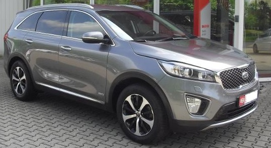 KIA SORENTO (05/2015) - GREY METALLIC - lieu: