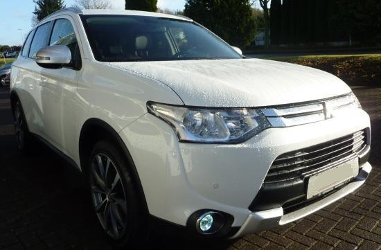 MITSUBISHI OUTLANDER 2,2 ltr Diamant 4WD AT Navigation T-Leder