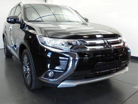 MITSUBISHI OUTLANDER 2,2 DI-D Plus 18 LED Kamera