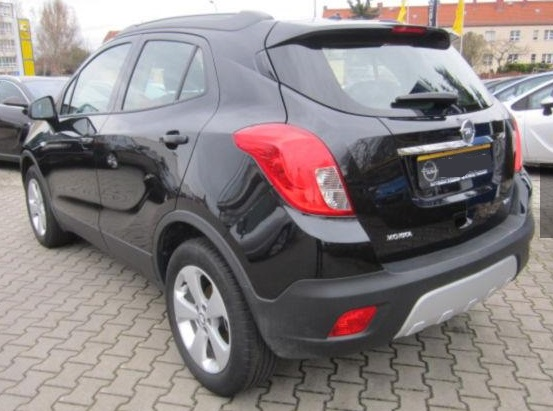 OPEL MOKKA (05/2015) - BLACK METALLIC - lieu: