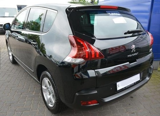PEUGEOT 3008 (05/2015) - BLACK METALLIC - lieu: