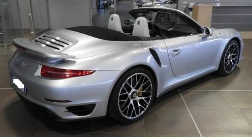 PORSCHE 911 TURBO (09/2015) - GREY METALLIC - lieu: