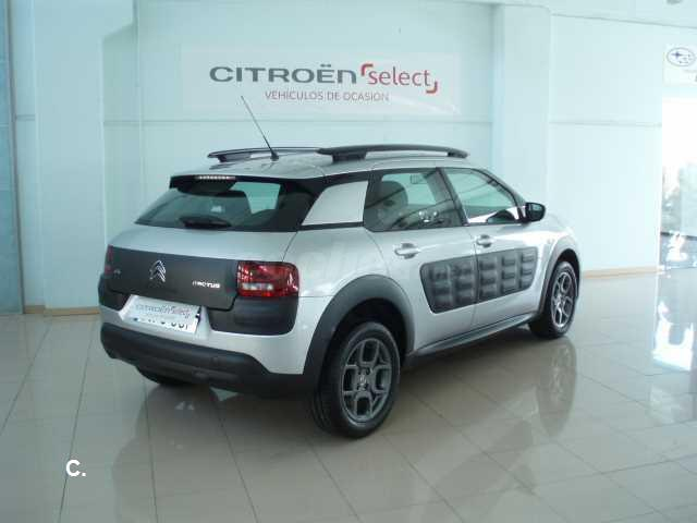 Left hand drive CITROEN C4 CACTUS BlueHDi 100 FEEL FINE SPANISH REG