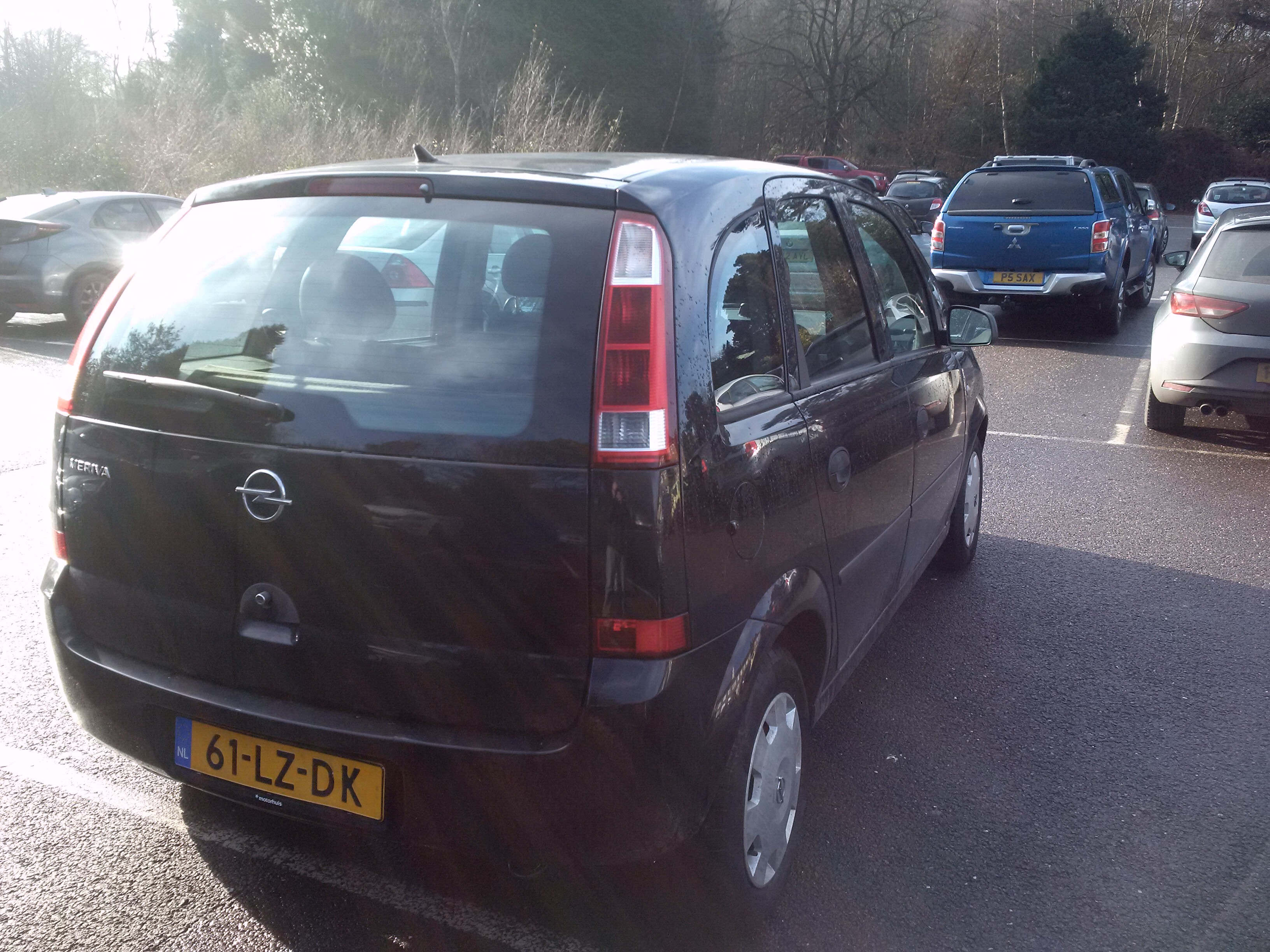 Left hand drive OPEL MERIVA 1.6 ENJOY DUTCH REG