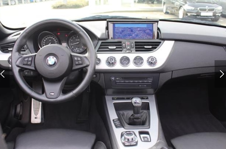 BMW Z4 (07/2013) - GREY METALLIC - lieu: