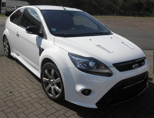 lhd FORD FOCUS RS (03/2010) - WHITE - lieu: