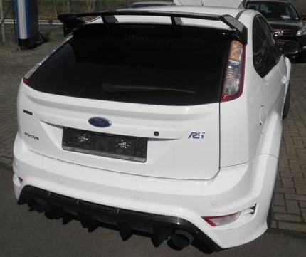 FORD FOCUS RS (03/2010) - WHITE - lieu: