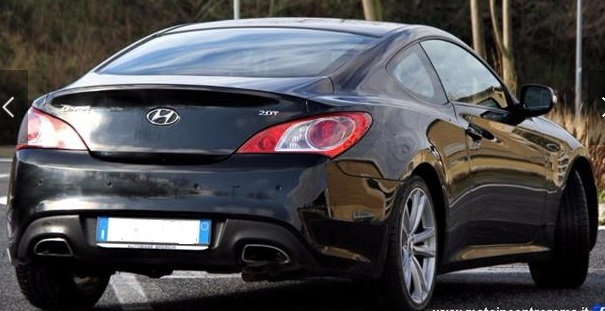 HYUNDAI COUPE (04/2011) - BLACK - lieu: