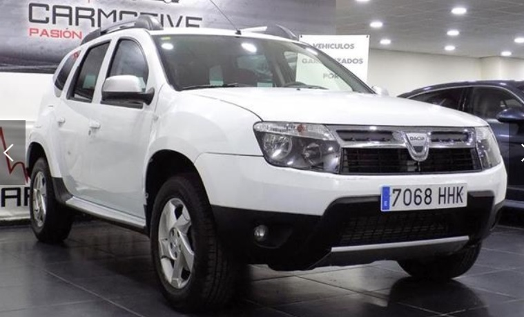 Left hand drive DACIA DUSTER 1.5dCi Laureate 4x4 110 SPANISH REGISTERED