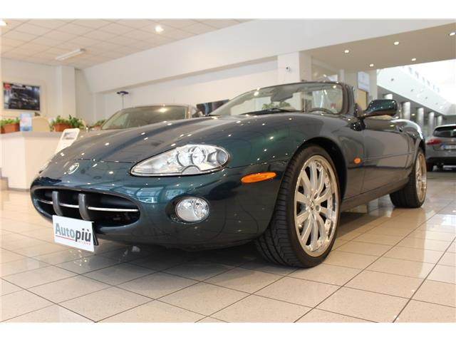 lhd JAGUAR XK8 (08/2004) - GREEN METALLIC - lieu: