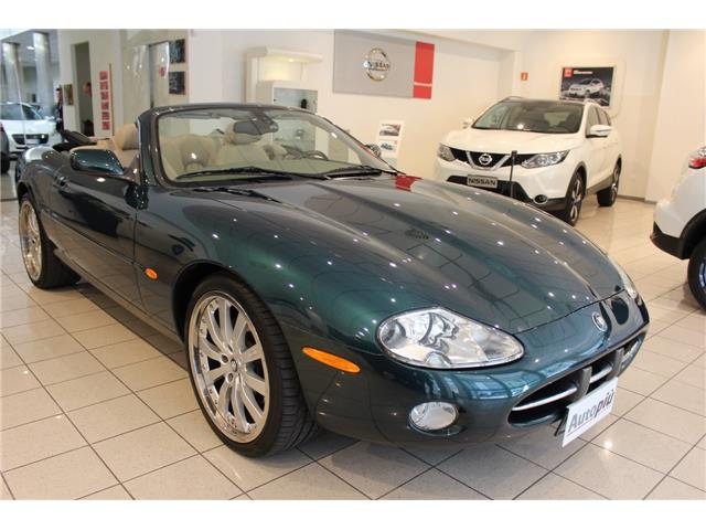 JAGUAR XK8 (08/2004) - GREEN METALLIC - lieu:
