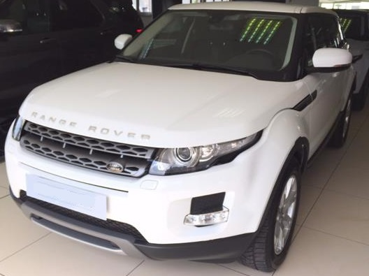 Left hand drive LANDROVER RANGE ROVER EVOQUE 2.2 TD4 5p. Pure