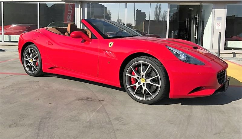 Left hand drive FERRARI CALIFORNIA F1