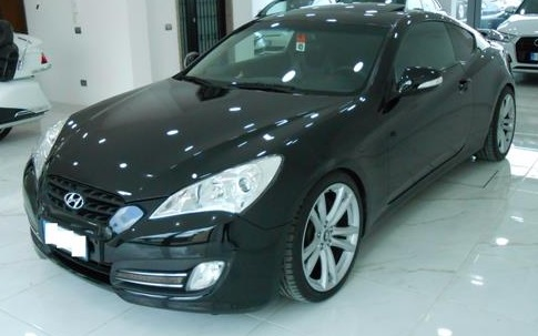lhd HYUNDAI COUPE (01/2013) - BLACK METALLIC - lieu: