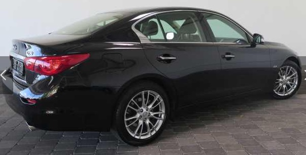 INFINITI Q50 (07/2014) - BLACK METALLIC - lieu: