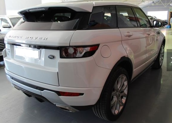 Left hand drive LANDROVER RANGE ROVER EVOQUE 2.0L Si4 Dynamic 4x4